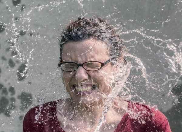 женщине приснилась вода